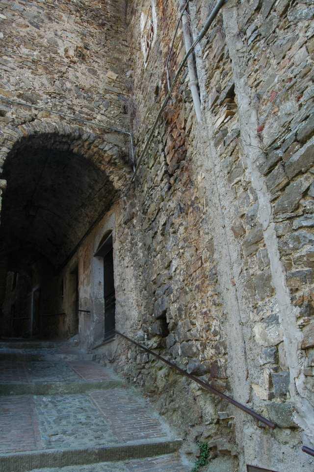 Porta vicina alla Chiesa (Oratorio) di S. Caterina
