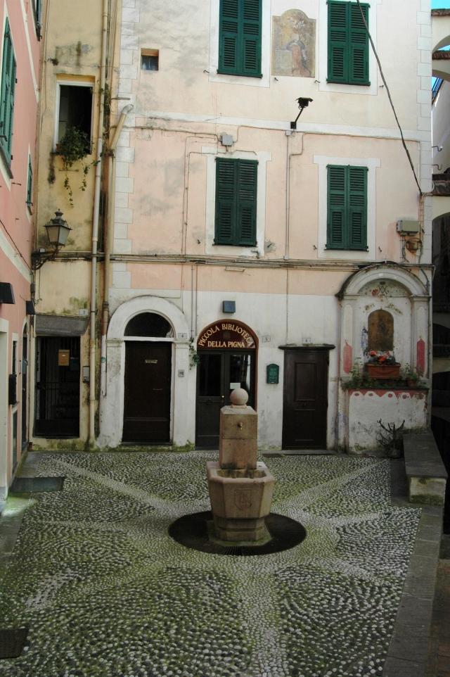 """Sanremo, centro storico detto """"Pigna"""""""